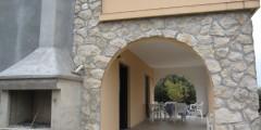 Romy donja terasa i gril-900